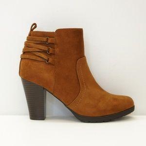 Rialto High Heel Ankle Boot Bootie Walnut 9